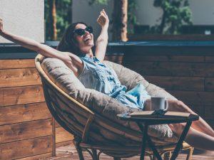 Un estudio de Securitas Direct confirma que son los jóvenes los que más tiempo y más lejos viajarán en verano